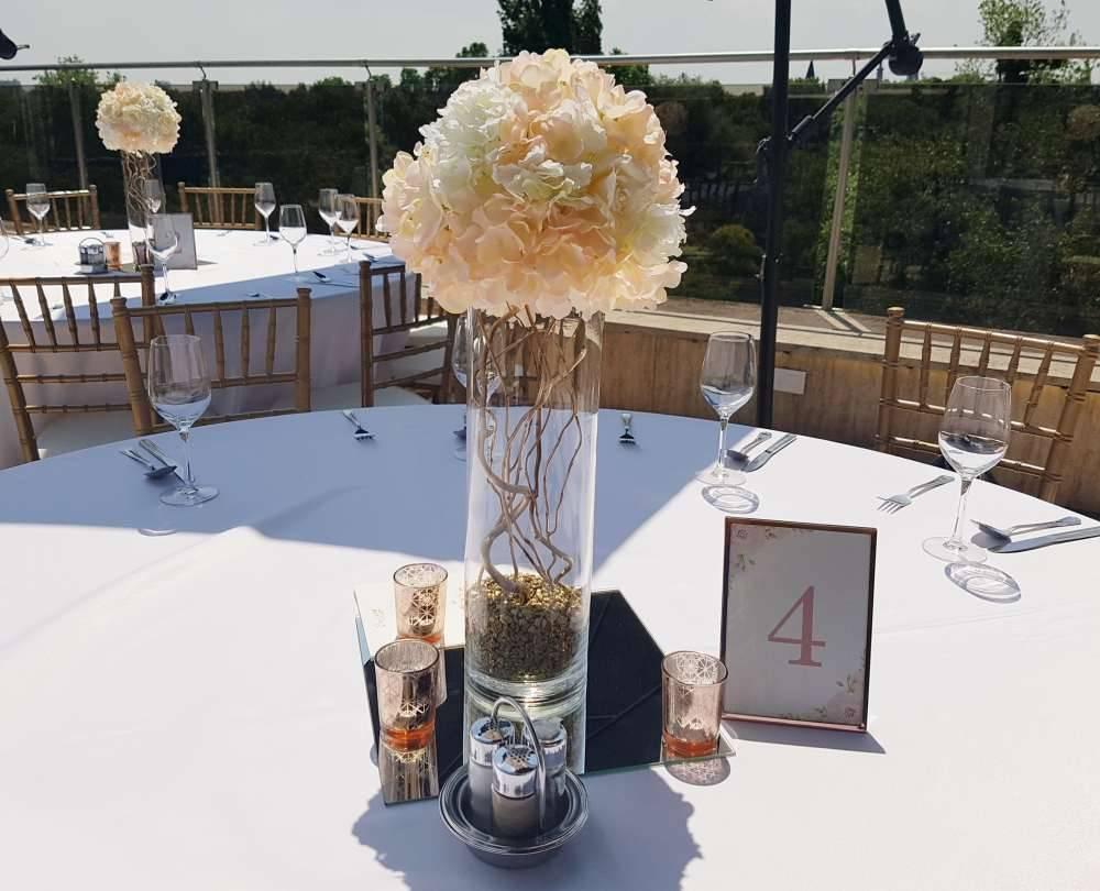 Solti Ádám & Berni Rose gold esküvője