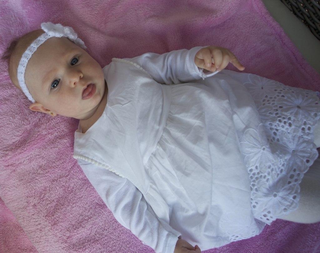 Keresztelő Elizabeth babának bagoly témában